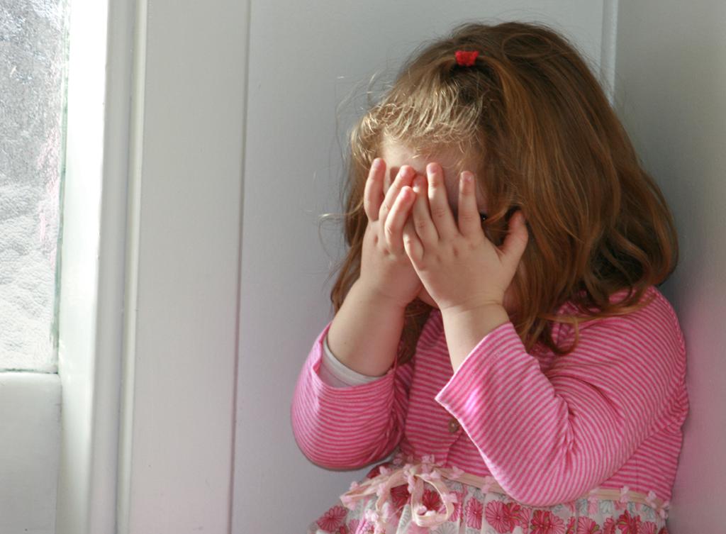 Elk jeugdtrauma is een wond die we onbewust zelf in stand houden.